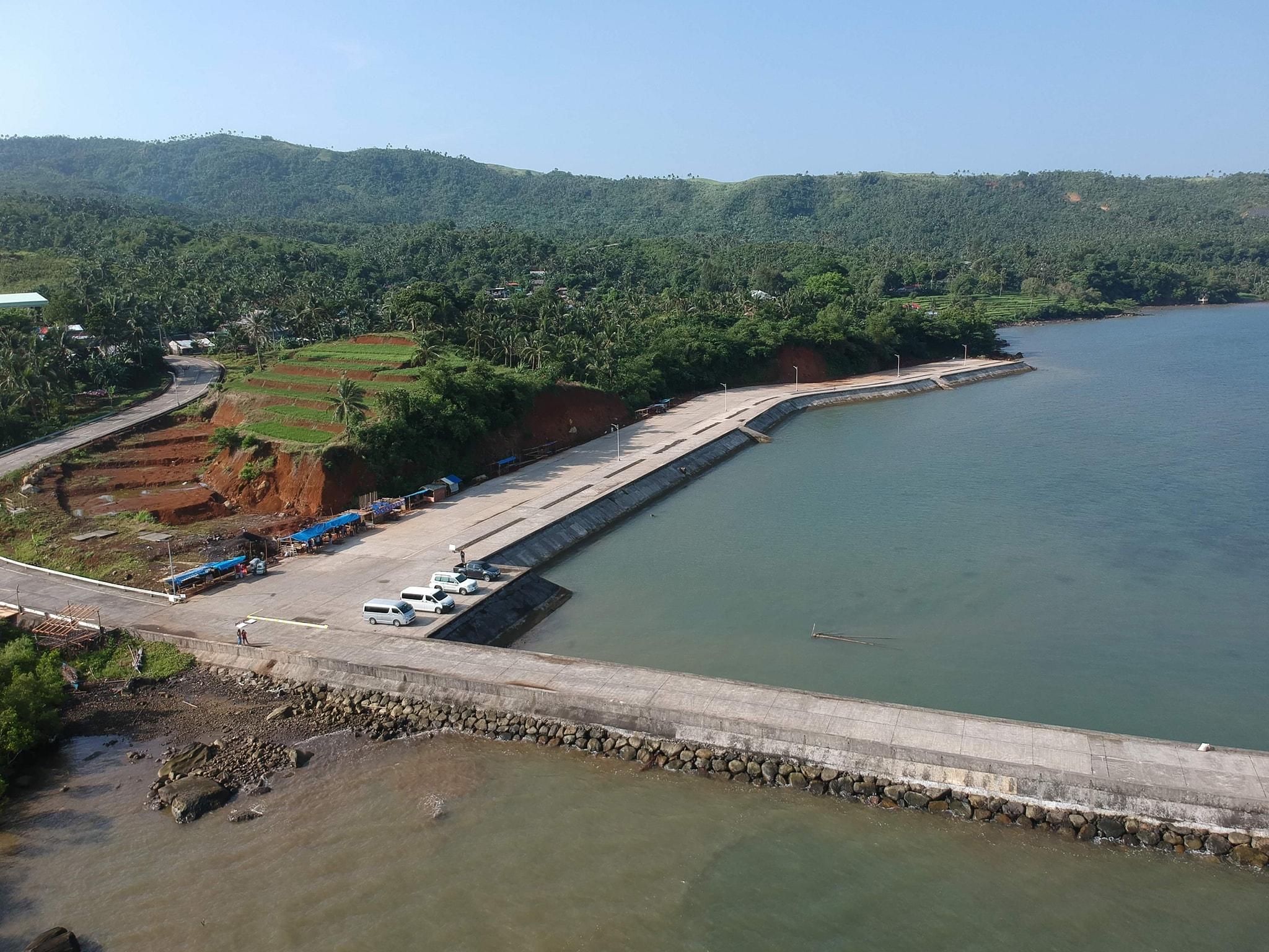 Ininspeksyon ni Ako Bicol PartyList Congressman Alfredo Garbin, Jr. ang Port at Coastal Infrastructure Project sa barangay Buenavista at Bagacay, Albay.