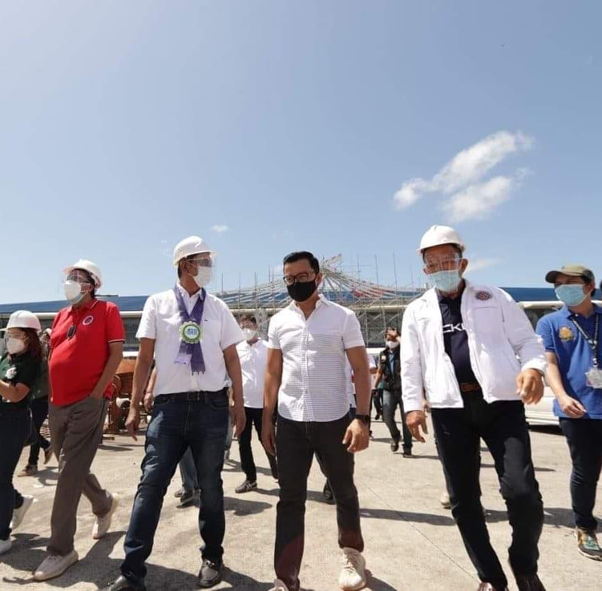 Magkasamang binisita at ininspeksyon ni Transport Secretary Arthur Tugade at Ako Bicol PartyList Congressman Alfredo Garbin, Jr. ang Bicol International Airport (BIA) sa Alobo, Daraga, Albay ngayong Huwebes, Mayo 13.