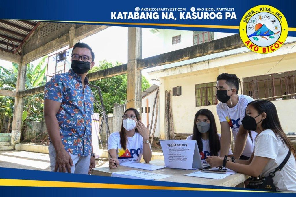Ginanap sa Banquerohan, Legazpi City, ngayong Setyembre 13, 2021 ang Ako Bicol-Educational Assistance Pay-Out para sa mga estudyanteng benepisyaryo mula sa lalawigan ng Albay. Dinaluhan ang aktibidad ni Ako Bicol Congressman Alfredo A. Garbin, Jr.